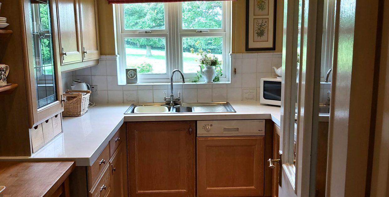 10 lodge kitchen