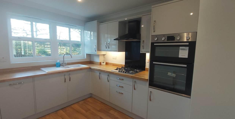 11 lodge kitchen