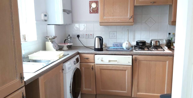 4 Lodge Court kitchen
