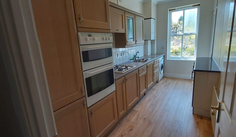 5 Tetley kitchen